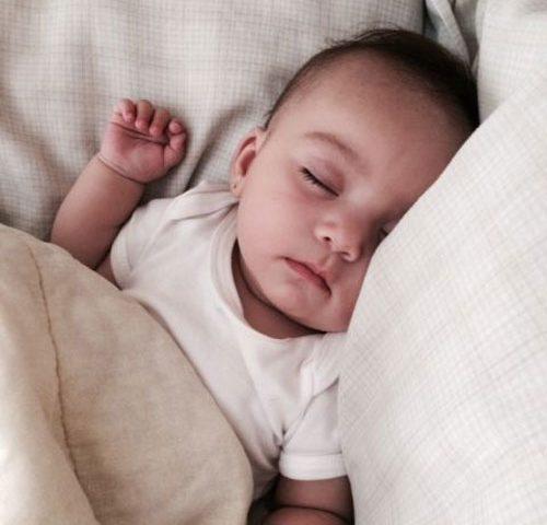 خواب نوزادان و نحوه تنظیم خواب نوزاد